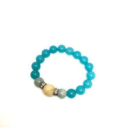 labradorite: Lucky stone bracelet Lucky stone bracelet isolated great for any use. Stock Photo