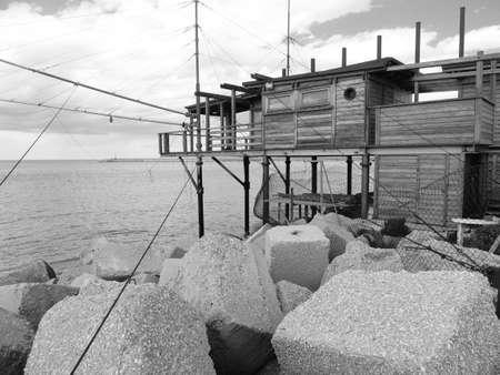 bn: Millones Trabocchi vistas al mar