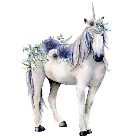 Acquerello elegante unicorno bianco con bouquet di fiori di anemone. Cavallo magico dipinto a mano, anemone bianco e blu isolato su priorità bassa bianca. Illustrazione del personaggio da favola per il design, la stampa.