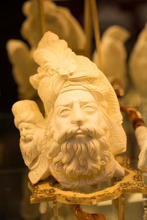 meerschaum tobacco pipe in the form of sculptures. Almost all of meerschaum is removed from Eskisehir  Turkey. master craftsmanship Stok Fotoğraf
