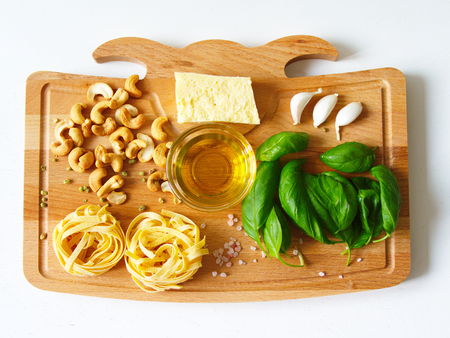 Fettuccine pasta ingredients. fresh, healthy organic foods 免版税图像