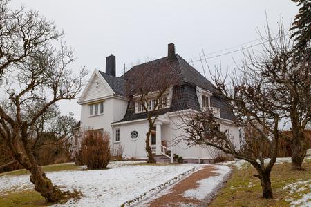 oslo: White stone cottage in Oslo. Bygdoya peninsula.