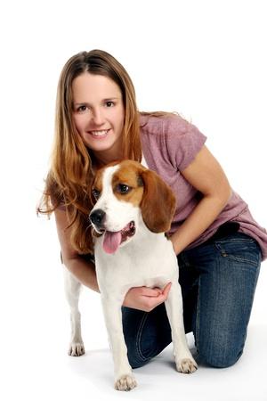 mujer perro: joven y bella mujer con dogy