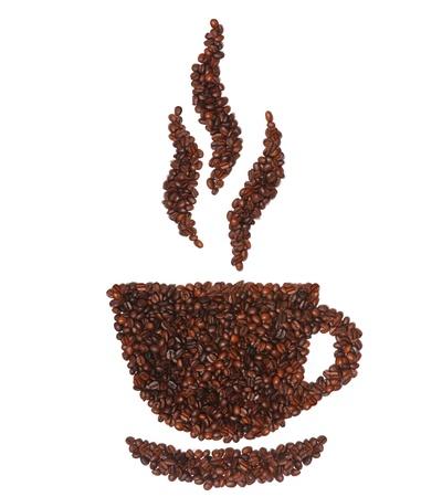 meuleuse: Tasse de caf� en grains isol�s sur fond blanc Banque d'images