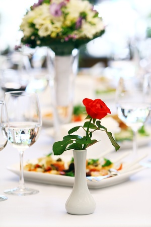 Beautiful red rose luxury banquet table  photo