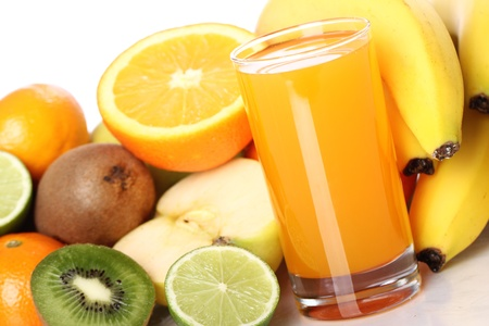 multivitamin: Fruits and glass of fresh juice