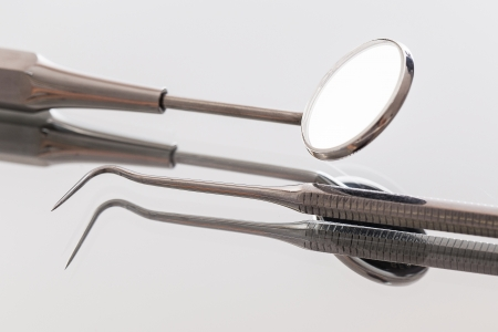 Many instruments that are use by a dentist