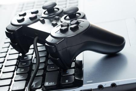Les appareils électroniques portable avec joystick Banque d'images - 27611577