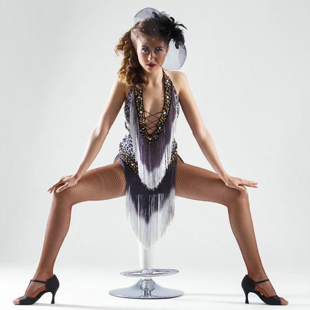 pantimedias: Burlesque linda mujer hermosa, sobre un fondo blanco