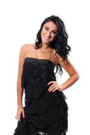 traje de gala: Hermosa chica en vestido negro