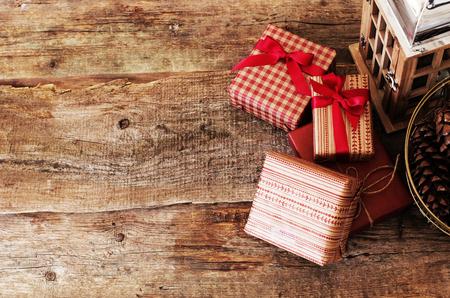 cintas  navide�as: Celebraci�n. Regalos en el piso