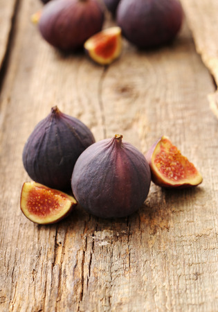 fig fruit: Fig fruit on the wooden table