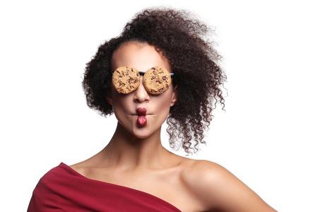 gente loca: Extraño, loco. Mujer con gafas hechas de galletas