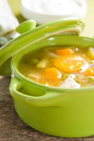 sopa de pollo: Sopa de verduras Foto de archivo
