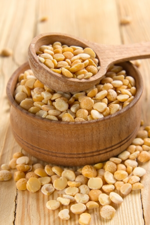 Dry split yellow peas photo