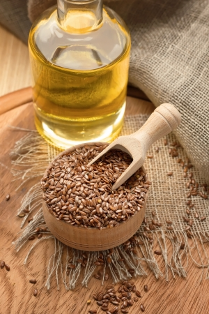 brown flax: Linseed oil and flax seeds