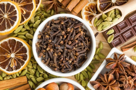 Aromatic spices Stock Photo - 16169150