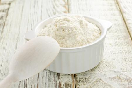 white backing: Flour