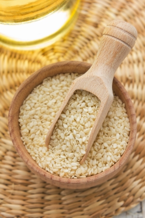 white sesame seeds: Sesame seeds and oil
