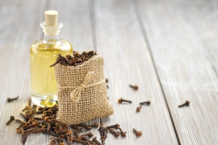 clove of clove: Clove oil