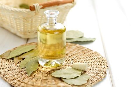 antiseptic: Laurel oil