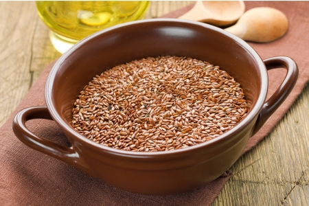 linseed oil: Linseed oil and flax seeds