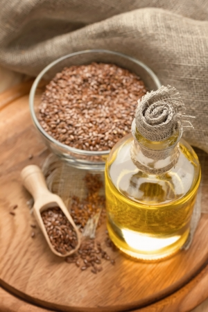 flax seed oil: Linseed oil and flax seeds