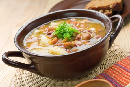 meat soup: Bean soup