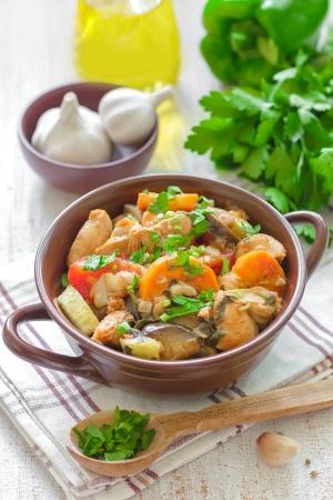 zucchini: Carne con verduras Foto de archivo