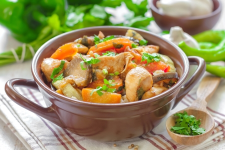 Meat with vegetables Stock Photo - 20549531