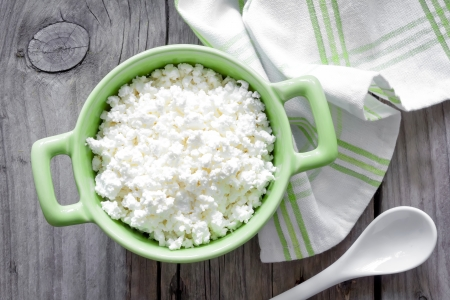 Sour cream: Cottage cheese