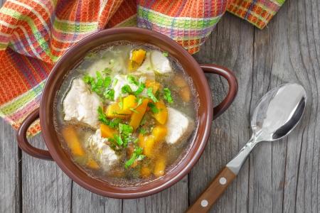 sopa de pollo: Sopa de la carne Foto de archivo