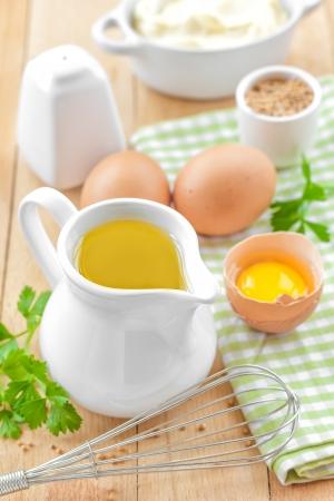 batidora: Ingredientes para la mayonesa Foto de archivo