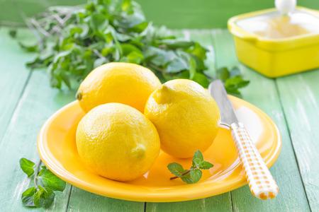 spearmint: Lemons and mint