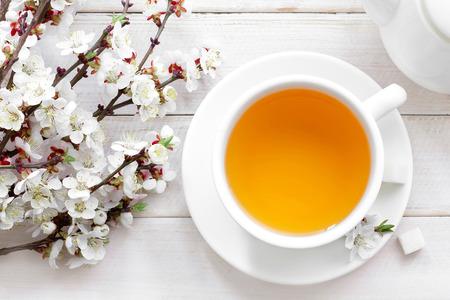 白いカップでお茶 写真素材