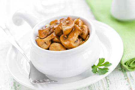 Fried mushrooms Stock Photo - 26323905