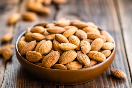 Almonds Фото со стока