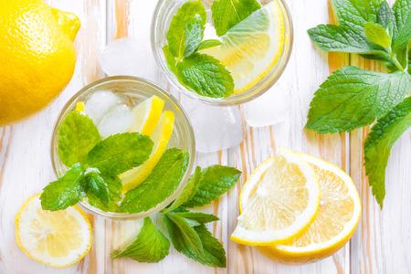 juice bar: Lemon drink