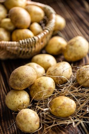 raw potato: Potatoes