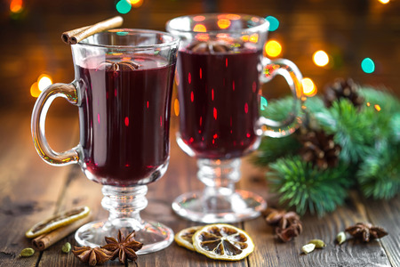 warm drink: Christmas mulled wine