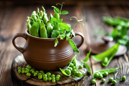 green plant: Green peas