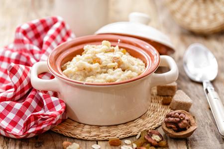 oatmeal: oatmeal