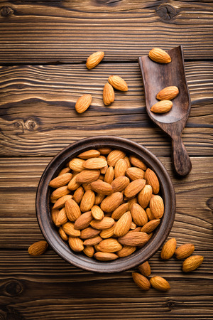 almond: almond