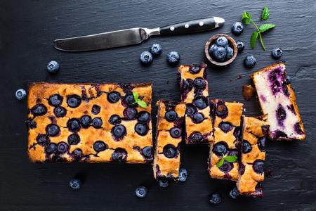 blueberry cake Reklamní fotografie - 61794799