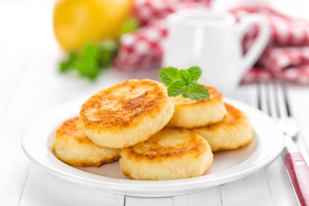 cottage: cottage cheese pancakes, syrniki