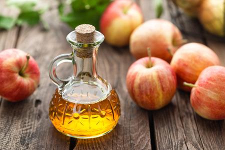 apple cider  vinegar Imagens - 65190148