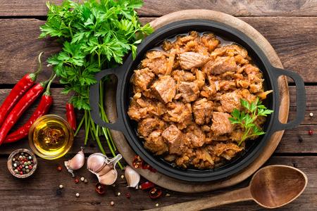 repollo: guiso de carne con repollo
