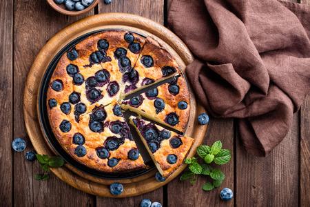 blueberry cake Фото со стока - 65325353