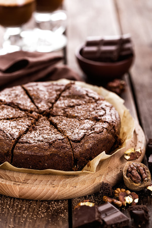 trozo de pastel: brownie de chocolate Foto de archivo