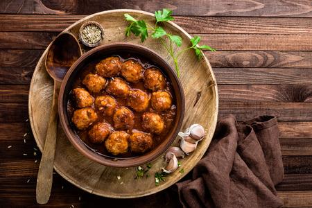 meatballs in sauce Standard-Bild
